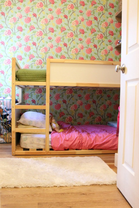 teeny girls room makeover
