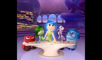 Disney's Inside Out is fabulous! See the trailer and snag a free printable maze for your kids. via @redheadbabymama