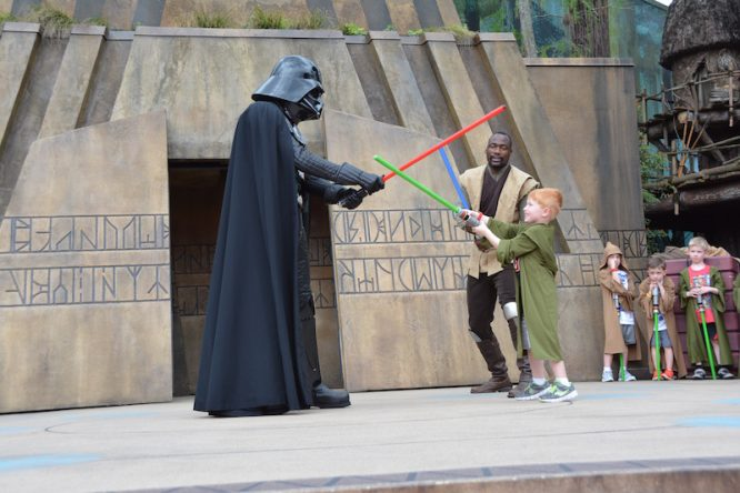 Personal one-on-one combat against Darth Vader and other Star Wars bad guys, while Using the Force! Defeat the Empire with Jedi Training at Hollywood Studios via @Redheadbabymama