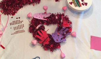 DIY Creative Galaxy Heart Day Hug Wreath