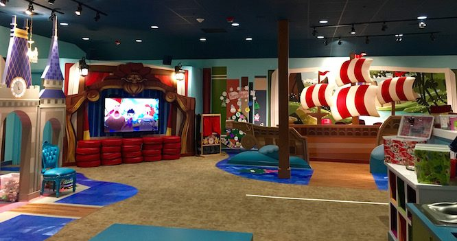 Lilo's Playhouse, Polynesian Resort Childcare at Disney | Redheadbabymama.com