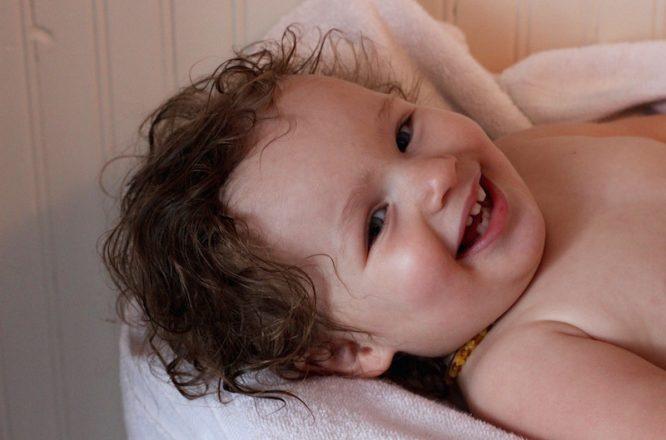 SoCozy Sensitive Skin Products for Styling Curly Hair | Redheadbabymama.com