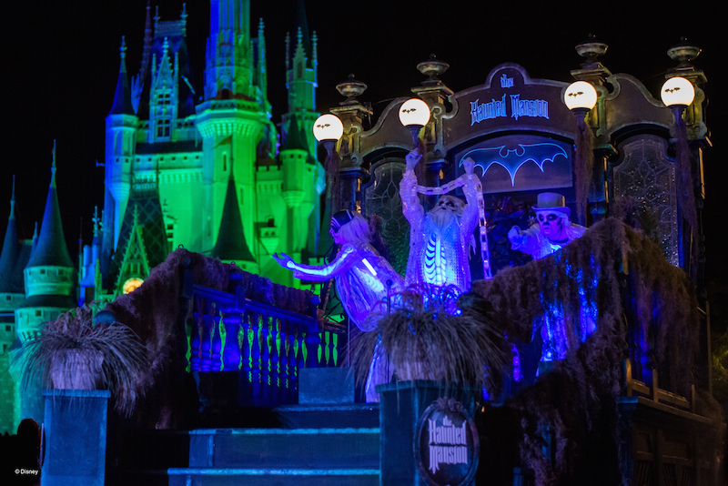 Mickey's Not So Scary Halloween Party Boo to You Parade Float