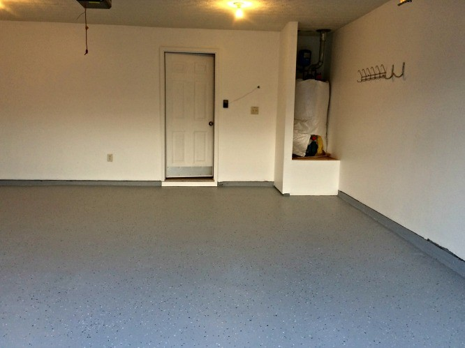 Finished Garage with Expoy flooring and fresh paint - it's pristine!