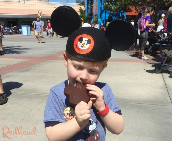 Trying out a Mickey Ice Cream Bar for the First Time #DisneyKids