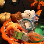 Welcome Food-allergy Trick-or-Treaters on Halloween