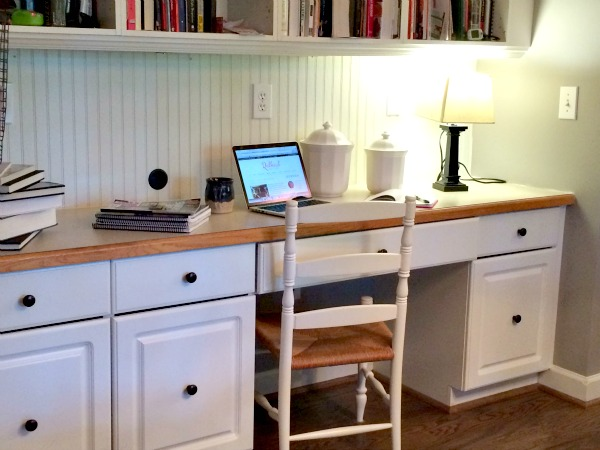 Kitchen Desk before the makeover