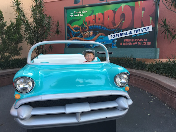 Disney Hollywood Studios Sci-Fi Dine-In Theater Review