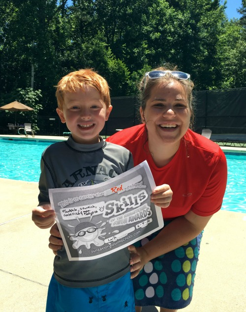 Sunsational Swim School comes to our neighborhool pool so we can have Home swimming lessons.