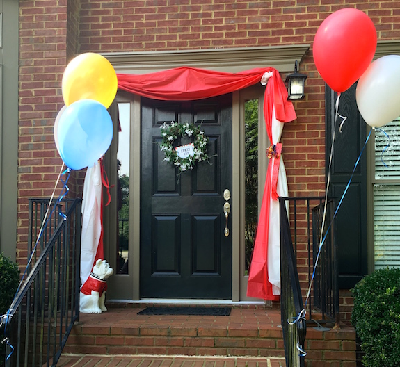 Front door decoration for a circus party