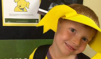 Make a no-sew costume for school friend mascot costume day