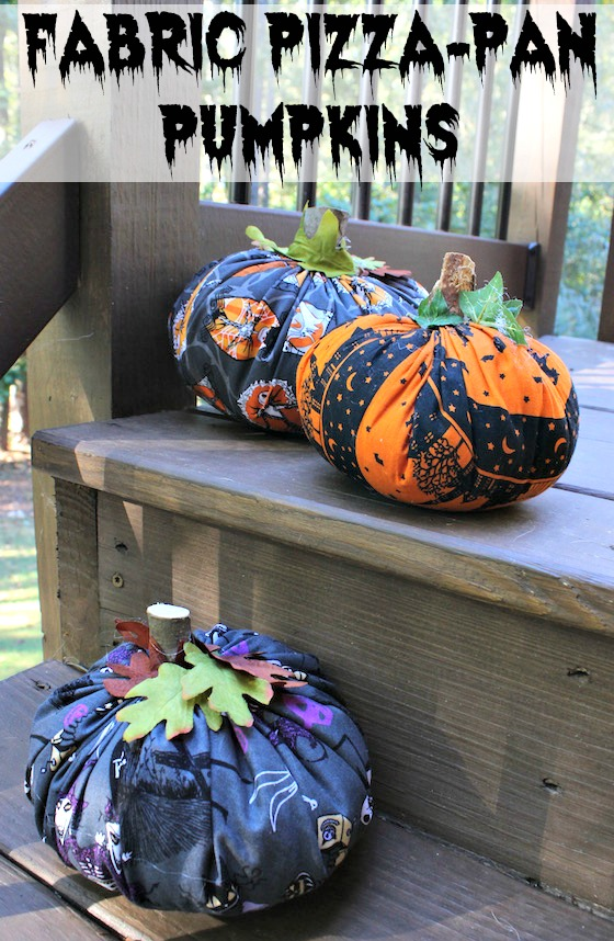 Make these easy fabric pumpkins by tracing a pizza pan for at-home Halloween decorations! A craft by Redhead Baby Mama