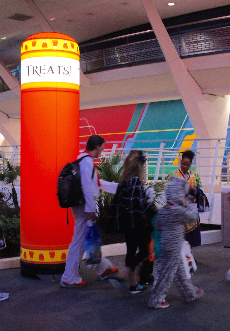Allergy Friendly Trick or Treating at Mickey's Not So Scary Halloween Party Treat Stands