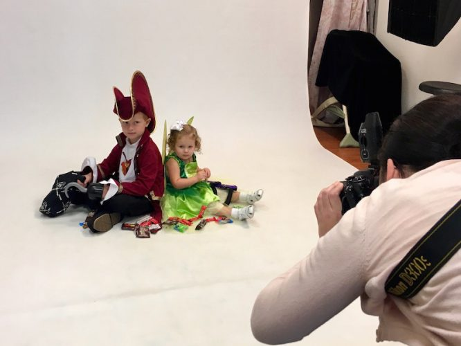 Portrait Innovations Halloween Sitting, with Captain Hook and Tinkerbell Disney Family Costumes