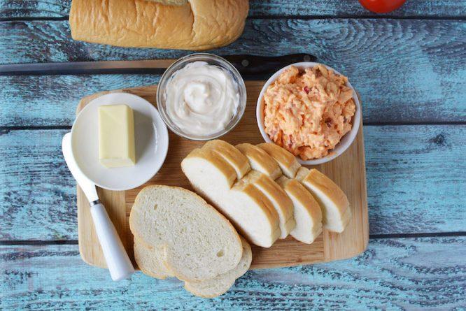 Palmetto Grilled Cheese Sandwich Ingredients| Redheadbabymama.com