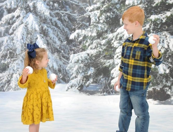 kids and snowballs redheadbabymama