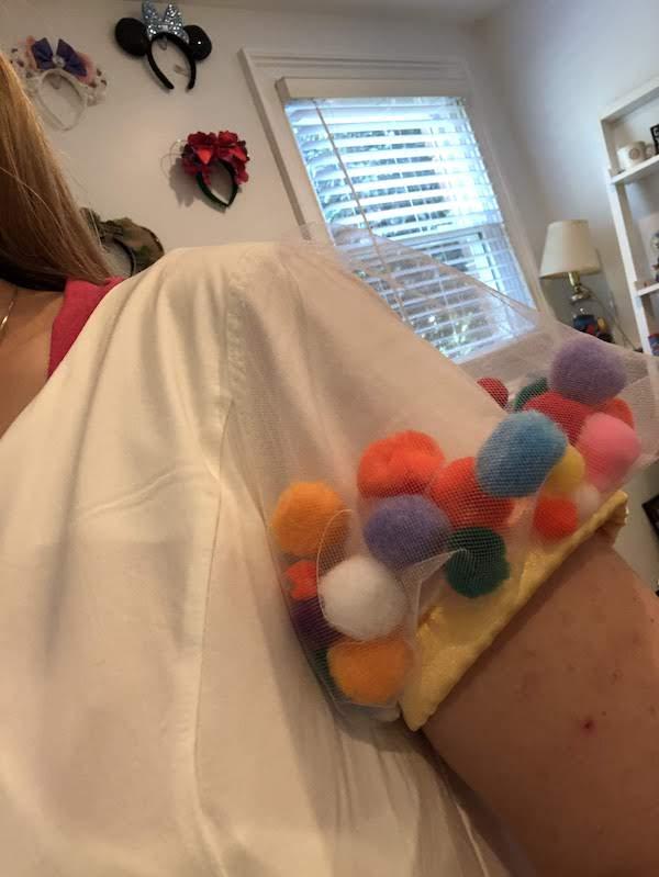 Minnie Celebration dress sleeve
