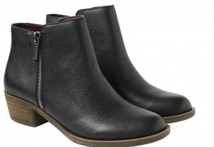 black ankle boots for viking vlad disneybound