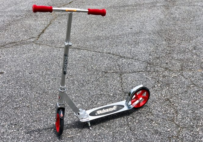 Razor Scooter Red Luxe