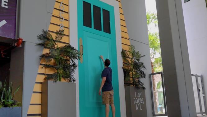 george goes everywhere atlanta tiny doors